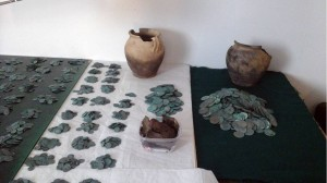 Versteckter Schatz mit über 6000 Silbermünzen in Polen gefunden
