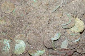 Schatz in Sachsen – Münzschatz aus Felsspalte in der Sächsischen Schweiz geborgen