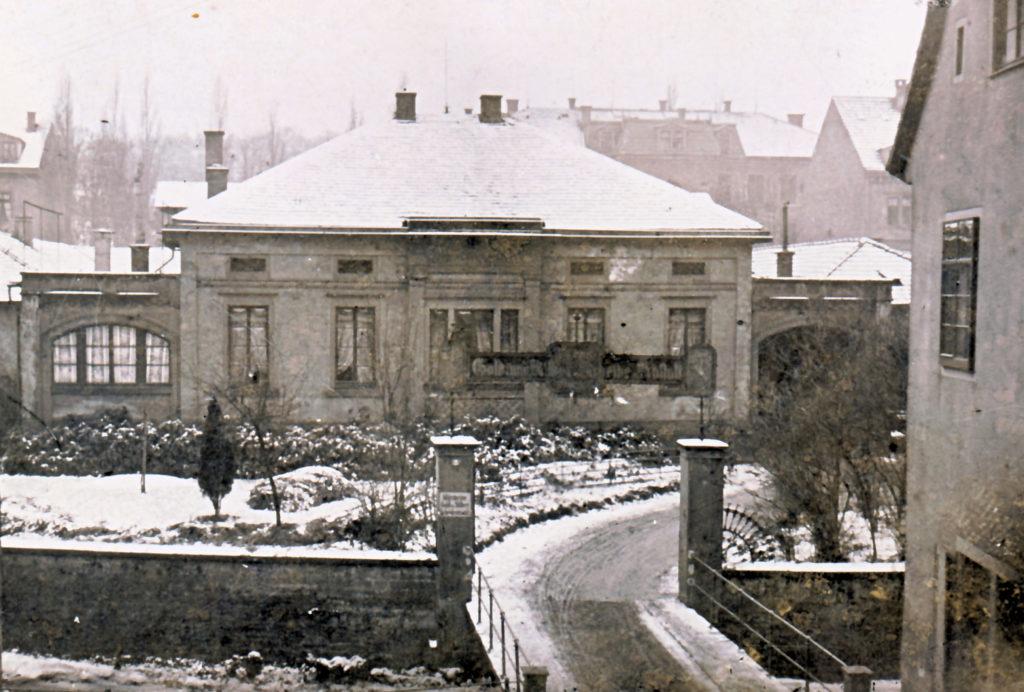 firmengebäude des goldbarren-herstellers agosi in pforzheim am altstädter kirchweg um 1900