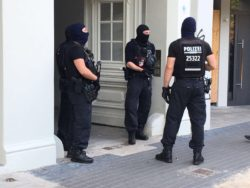 sek polizei berlin neukoelln 100kg goldmuenze big maple bode museum