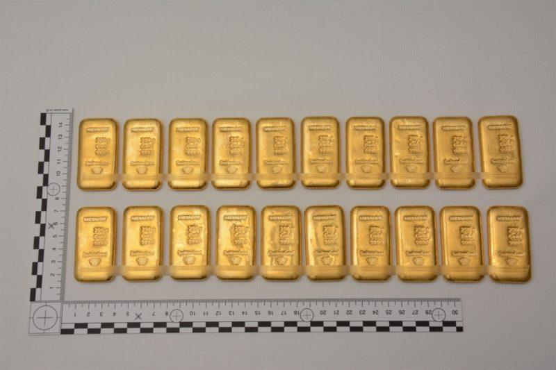 3 Deutsche mit 20 Goldbarren an der Grenze verhaftet